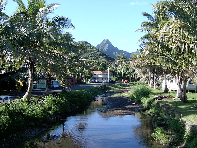 View from Avarua looking inland, Rarotonga Island, Cook Islands.jpg