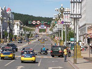 Fuyuan, Heilongjiang - Zhengyang Street, the main street of Fuyuan city center