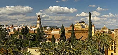 View to the Great Mosque from the Lions Tower of the Alcázar de los Reyes Cristianos. Cordoba, Spain.jpg