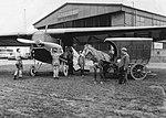 Vliegveld Waalhaven met paard en wagen.jpg