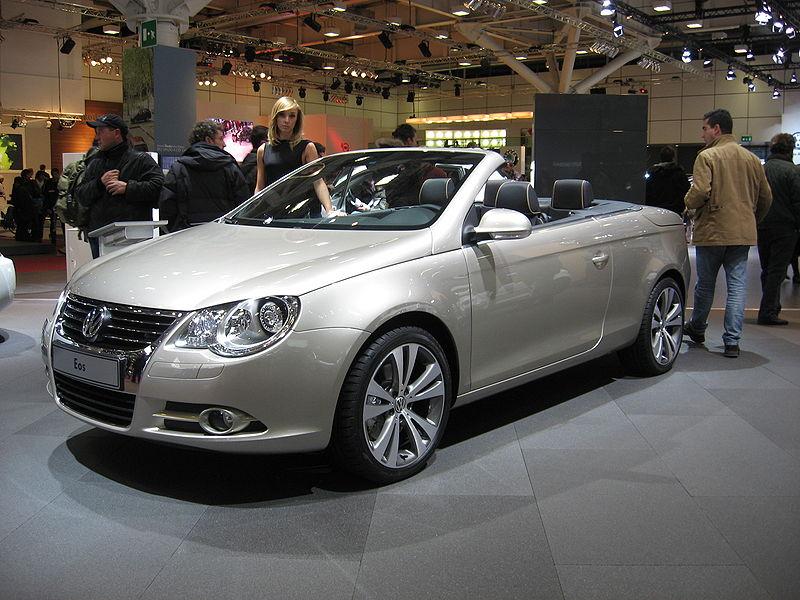 Volkswagen Eos Front-view.JPG