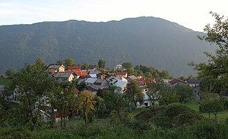 Vrsno, Kobarid - Vrsno, with the Kolovrat Ridge in the background