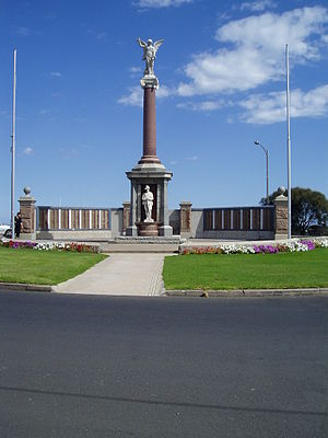 Warrnambool - War Memorial, Warrnambool