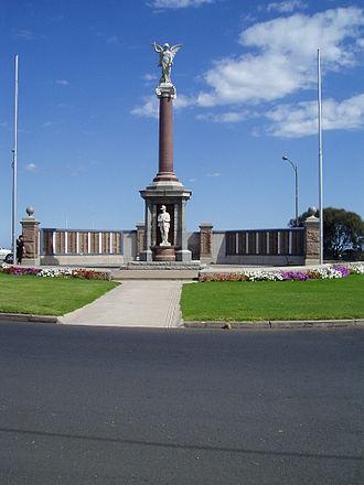 Warrnambool - War Memorial, Warrnambool