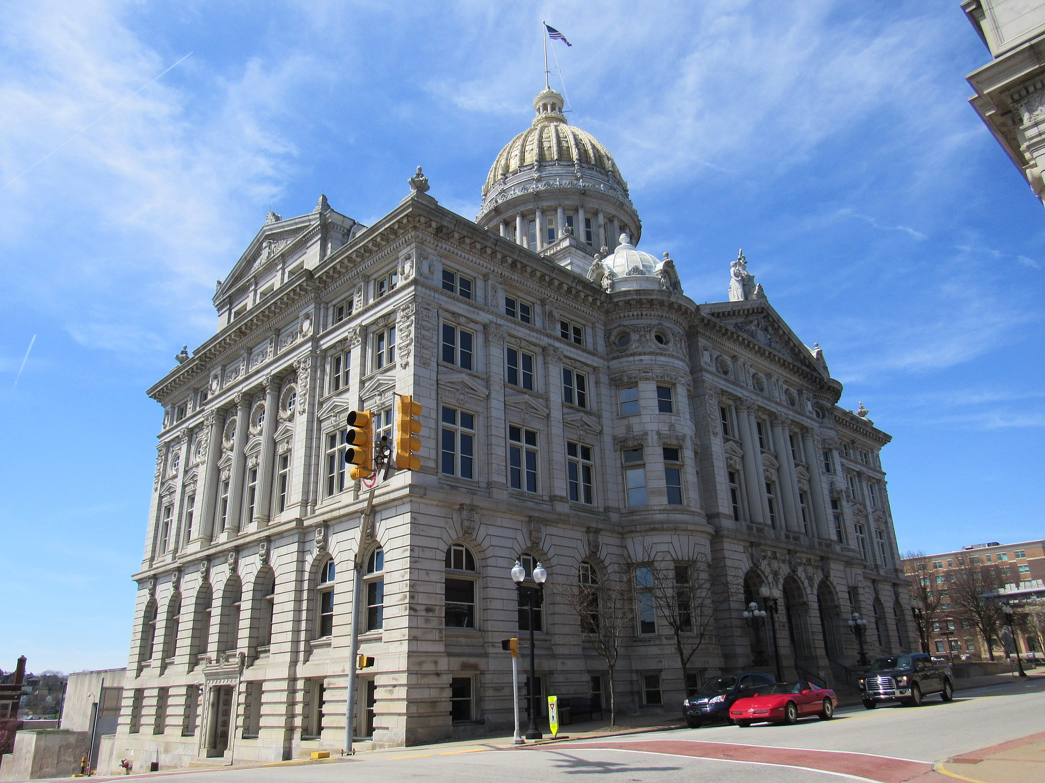 Westmoreland County Courthouse 01