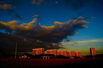 Weston, Southampton - Image: Weston tower blocks clouds