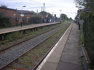 Woburn Sands railway station - Woburn Sands in 2009, looking east, showing the condition of the track through the station.