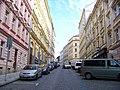 Štítného, vlevo Žižkovské divadlo.jpg