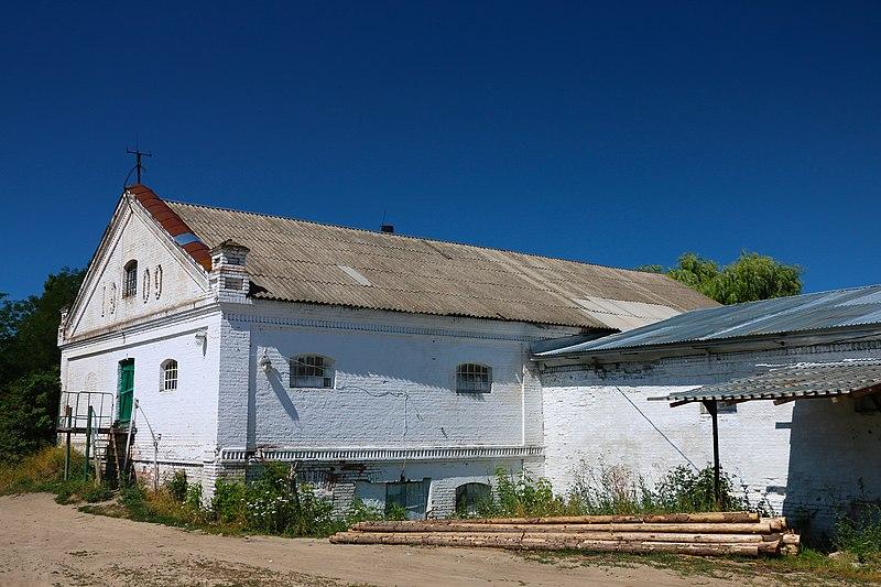 Будівля крупорушки в Іллінцях. © Олександр Примас, ліцензія CC BY-SA 4.0