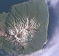Вулкан Мильна (Курилы, о.Симушир).jpg