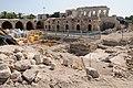 """ה""""חאן"""" ושרידי חפירות ארכאולוגיות בחצר הפנימית.JPG"""