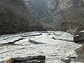 千古河床 - Old Riverbed Composed of a Single Huge Rock - 2011.04 - panoramio.jpg