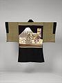 黒平絹地富士図羽織 男物-Man's Formal Jacket (Haori) MET DP330783.jpg