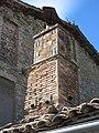 004 Hostal del Collet (Sant Agustí de Lluçanès), xemeneia.jpg