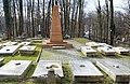 02021 0952 (2) Das Gräfliche Viertel auf dem Katholischen Friedhof in Jaworze (Ernsdorf).jpg