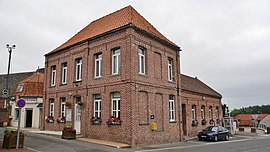 The town hall of Mont-Bernanchon