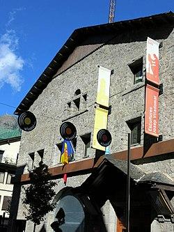 159 Centre d'Art Escaldes-Engordany, av. Carlemany.JPG