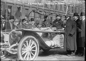 George Schuster (driver) - Image: 1908 New York to Paris Race, Roberts