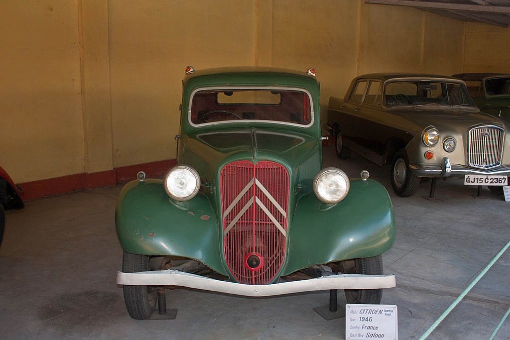 overseas car vehicle automobile transport services for vintage and classic automobiles to port. Black Bedroom Furniture Sets. Home Design Ideas