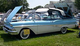 Retractable hardtop - 1958 Ford Fairlane 500 Skyliner while roof is being raised or lowered