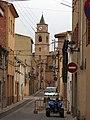 198 C. Pompeu Fabra (Llorenç del Penedès), amb Sant Llorenç al fons.JPG