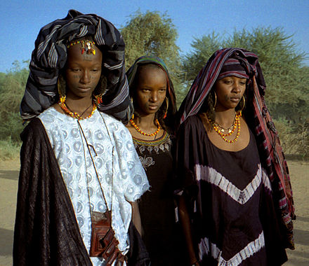 Fulani women with traditional facial tattoos. 1997 275-15 young Wodaabe women.jpg
