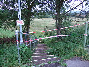 2007 United Kingdom foot-and-mouth outbreak - One of the many foot paths closed in an attempt to stop the spread of the disease.