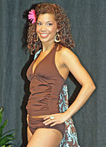 2010 Run to the Sun Fashion Show in Anchorage Alaska 11.jpg