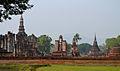 201312131121b HL ps Sukothai, Wat Mahathat.jpg