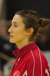 Aslı İskit Turkish handball player