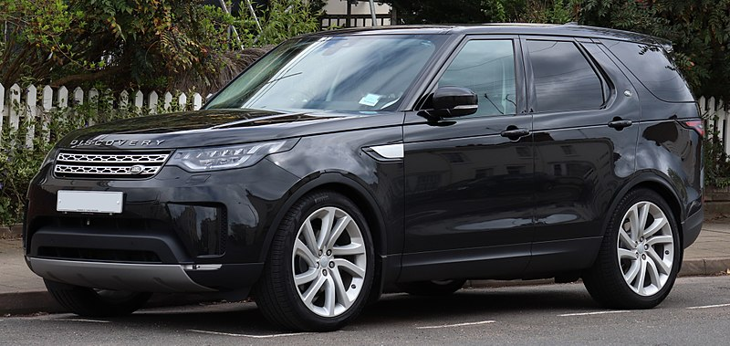 File:2017 Land Rover Discovery HSE TD6 Automatic 3.0 Front.jpg