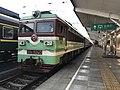 201908 SS3-5240 hauls 5634 at Panzhihua Station.jpg