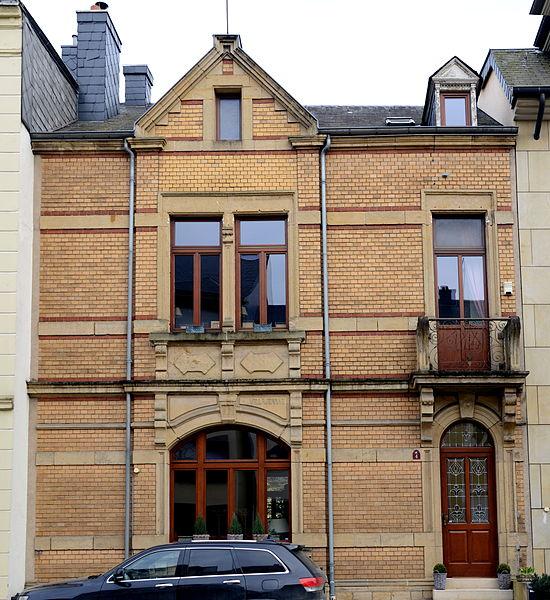 D'Villa Jeanne, 4, Réimecherstrooss zu Munneref.