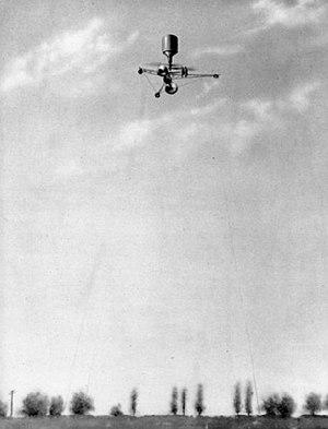 Petróczy-Kármán-Žurovec - The PKZ-2 hovering at a height of 50 m in 1918