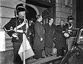 Aankomst Italiaanse minister-president, Giuseppe Pella, in Nederland, Bestanddeelnr 906-1289.jpg