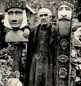 Découvrez l'abbé Fouré sculpteur et ses rochers ! 260px-Abb%C3%A9Four%C3%A9Roth%C3%A9neuf