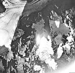 Adams Glacier, valley glacier, hanging glaciers and icefall, September 17, 1966 (GLACIERS 5460).jpg