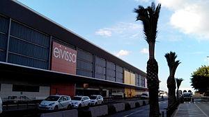 Ibiza Airport - Image: Aeroport d'Eivissa 2013 12 01 15 45