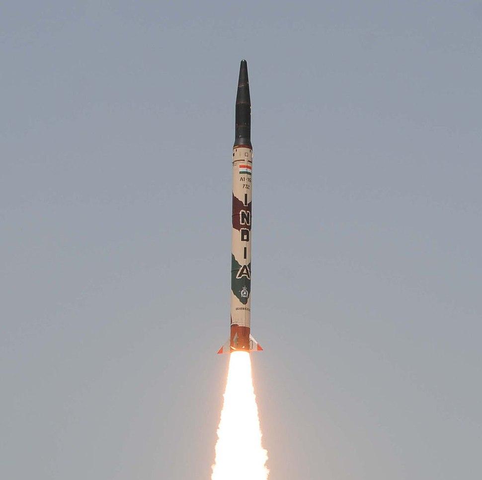 Agni-I missile test on 13 July 2012 (cropped)