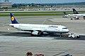 Airbus A321-231 (D-AISI) 01.jpg