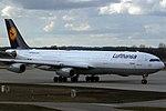 Airbus A340-313X Lufthansa D-AIGU (12750999093).jpg