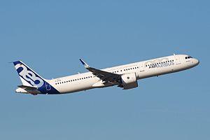 Airbus Industrie A321neo D-AVXA (29428329122).jpg