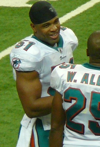 Akin Ayodele - Ayodele with the Miami Dolphins in 2009