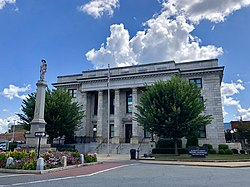 Alamance County Courthouse and Confederate Monument in Graham