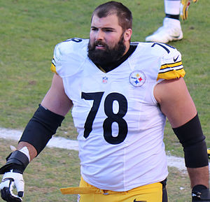 Alejandro Villanueva (American football) - Villanueva with the Steelers in 2015