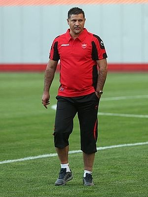 Ali Daei - Daei in Persepolis training