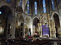 Altar y capillas de la Iglesia de Santa Creu.jpg