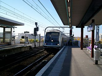 Torcy station - Image: Alteo Okey 84 torcy