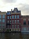 amsterdam - nieuwe doelenstraat langs de amstel