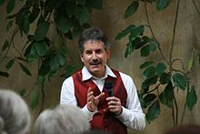 Andrew Cohen teaching in Paris, Spring 2012.jpg